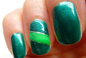 Zelený lak na nechty