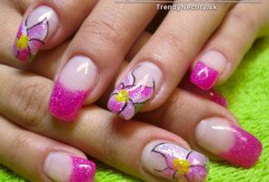 Ružová manikúra