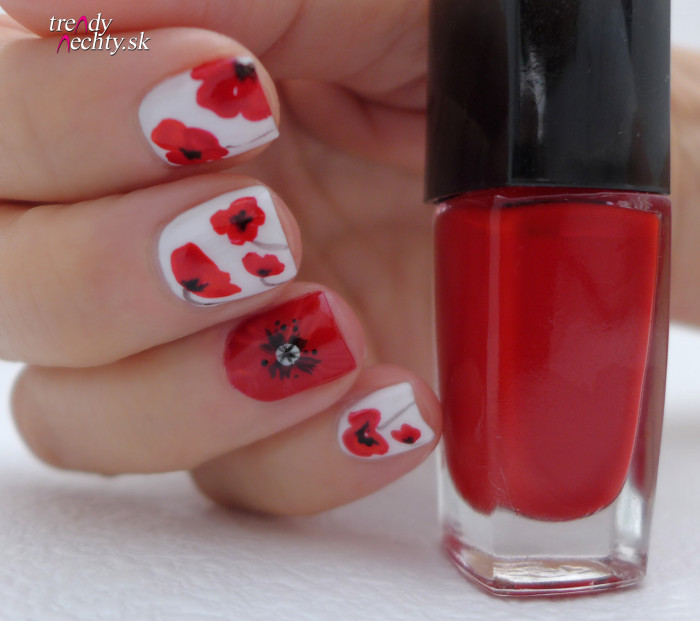poppy nail art, flower poppy