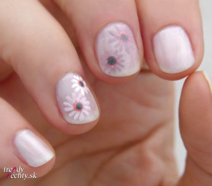 Ružový lak na nechty
